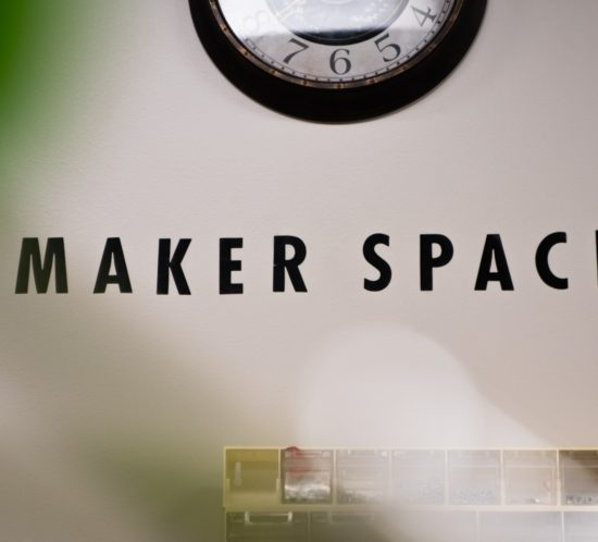 Maker Space (Photo: Benjamin Thomas, Unsplash)